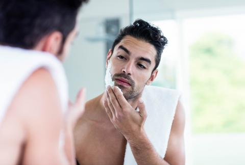 square of Online Shave Clubs Save People Money on Razors