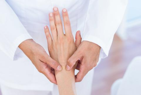 square of Know The Signs of Dupuytren's Contracture to Avoid It