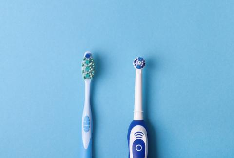 square of Electric Toothbrush vs. Manual Toothbrush: Which Comes Out the Winner?